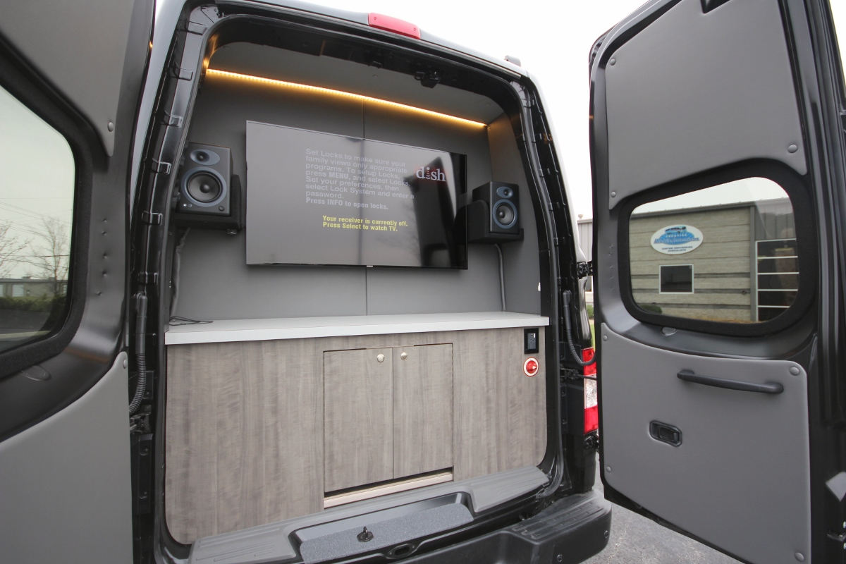 Luxury Nissan Nv Tailgater