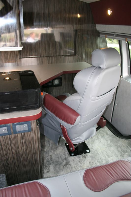 Executive Mobile Office Van