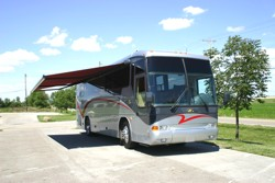 Custom Motor Home Tailgater Tm
